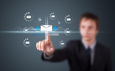 This handy infogrphic can help yu decide when you should (and shouldn't) open an email.